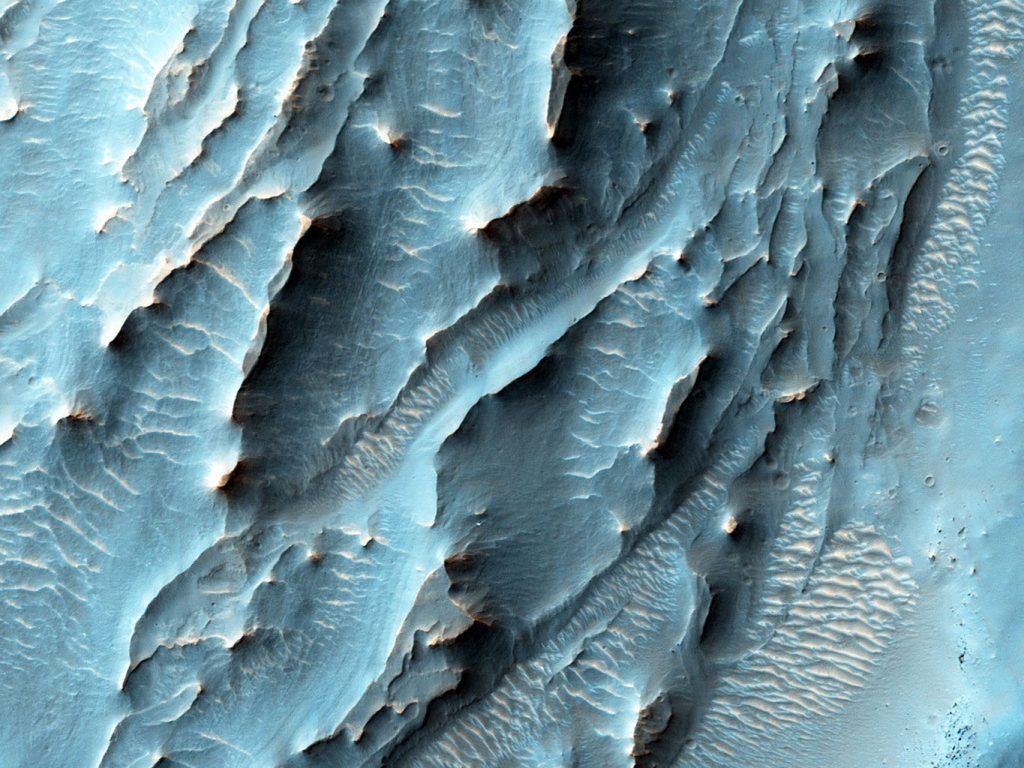Wow, Mars Sure Can Be Pretty